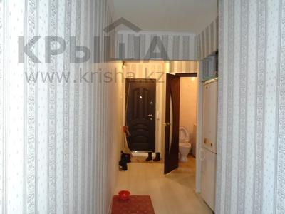 3-комнатная квартира, 65 м², 4/5 этаж помесячно, Авангард-4 1 за 100 000 〒 в Атырау, Авангард-4 — фото 3