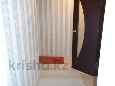3-комнатная квартира, 65 м², 4/5 этаж помесячно, Авангард-4 1 за 100 000 〒 в Атырау, Авангард-4 — фото 4