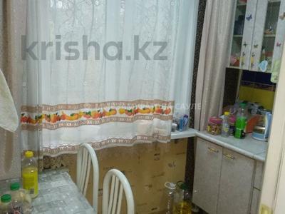 3-комнатная квартира, 60 м², 2/4 этаж, мкр №8, Мкр №8 — проспект Алтынсарина за 23.2 млн 〒 в Алматы, Ауэзовский р-н