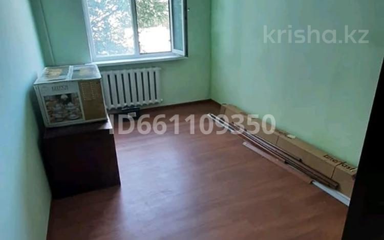 3-комнатная квартира, 60 м², 2/5 этаж, Привокзальный 3а 17а — Шукир Еркинова за 15 млн 〒 в Атырау