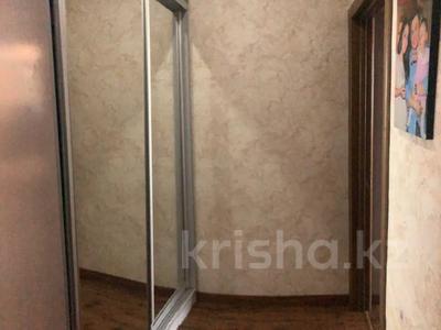 4-комнатная квартира, 140 м², 2/15 этаж, Навои 62 — Джандосова за 60 млн 〒 в Алматы, Ауэзовский р-н — фото 13