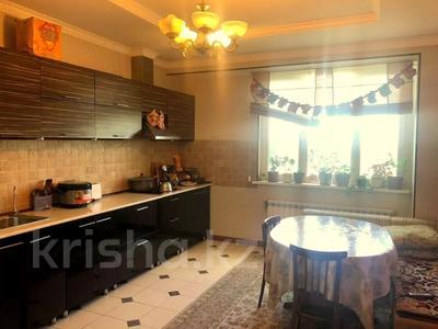 4-комнатная квартира, 140 м², 2/15 этаж, Навои 62 — Джандосова за 60 млн 〒 в Алматы, Ауэзовский р-н — фото 3