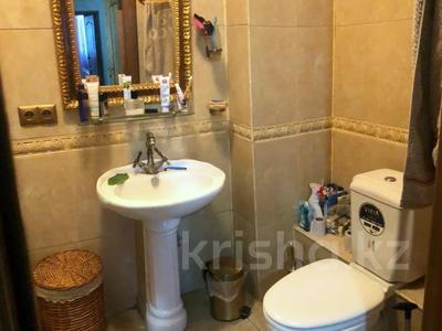 4-комнатная квартира, 140 м², 2/15 этаж, Навои 62 — Джандосова за 60 млн 〒 в Алматы, Ауэзовский р-н — фото 6