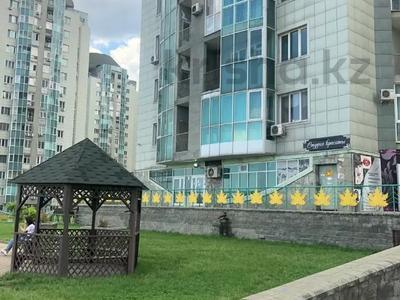 4-комнатная квартира, 140 м², 2/15 этаж, Навои 62 — Джандосова за 60 млн 〒 в Алматы, Ауэзовский р-н — фото 8