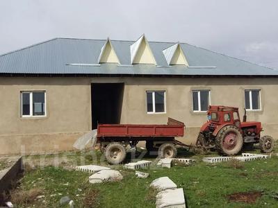 7-комнатный дом, 100 м², 8 сот., Бурыл за 8 млн 〒 в Таразе