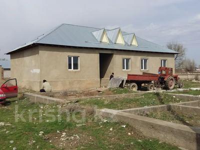 7-комнатный дом, 100 м², 8 сот., Бурыл за 8 млн 〒 в Таразе — фото 2