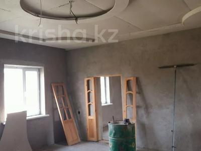 7-комнатный дом, 100 м², 8 сот., Бурыл за 8 млн 〒 в Таразе — фото 4