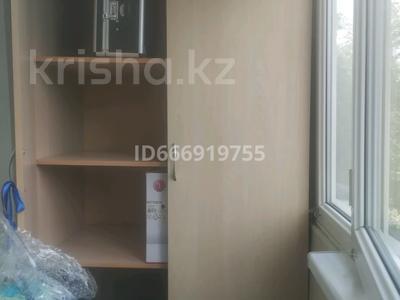 1-комнатная квартира, 33 м², 3/5 этаж на длительный срок, мкр Тастак-3, Гайдара 62 — Ислам Каримов за 120 000 〒 в Алматы, Алмалинский р-н