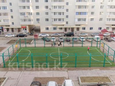 3-комнатная квартира, 138 м², 4/9 этаж, Енбекшилер 21 за ~ 97.6 млн 〒 в Нур-Султане (Астана), Есиль р-н — фото 7