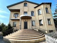 8-комнатный дом, 780 м², 13 сот., Балхашская 24 за 160 млн 〒 в Караганде, Казыбек би р-н