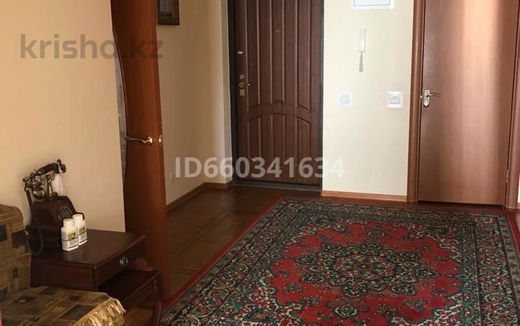 5-комнатная квартира, 207.4 м², 10/19 этаж, Кенесары 46 за 68 млн 〒 в Нур-Султане (Астана), р-н Байконур