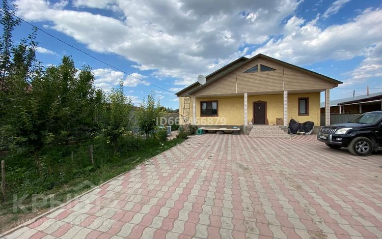 6-комнатный дом, 220 м², 8 сот., мкр Алгабас, Мкр Алгабас за 36 млн 〒 в Алматы, Алатауский р-н