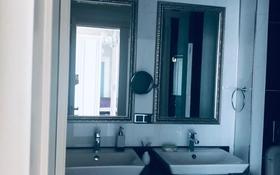 3-комнатная квартира, 120 м², 5 этаж помесячно, Туран 37/9 за 600 000 〒 в Нур-Султане (Астана), Есиль р-н