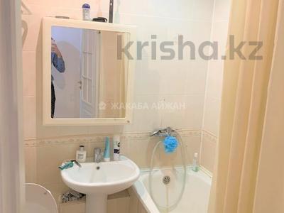 2-комнатная квартира, 54 м², 5/5 этаж, Республика 6 за 15.3 млн 〒 в Нур-Султане (Астана), р-н Байконур — фото 4