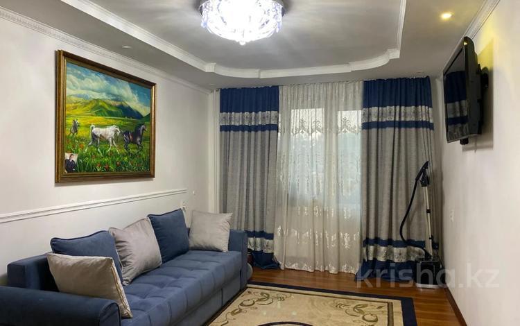 3-комнатная квартира, 59 м², 3/5 этаж, мкр Тастак-3, Тлендиева 18 за 22.5 млн 〒 в Алматы, Алмалинский р-н