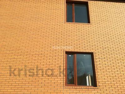 4-комнатный дом помесячно, 262 м², 8 сот., Б.Момышулы 6 — Рыскулова за 200 000 〒 в Жибек Жолы — фото 5