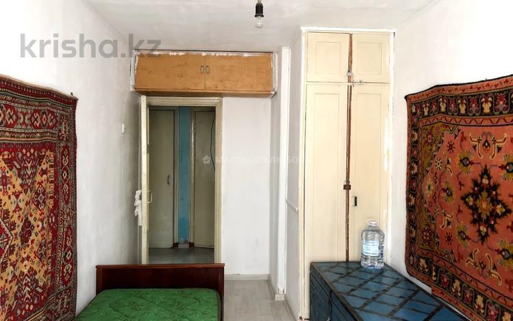 2-комнатная квартира, 46 м², 2/9 этаж, проспект Бухар Жырау за 16 млн 〒 в Караганде, Казыбек би р-н