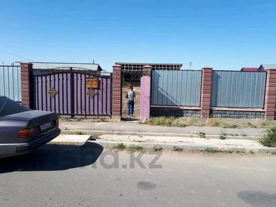 2-комнатный дом, 48 м², 8 сот., Туркистан 14 за 3.7 млн 〒 в Караой