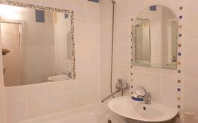 1-комнатная квартира, 34 м², 2/5 этаж помесячно, проспект Нурсултана Назарбаева 11 за 75 000 〒 в Усть-Каменогорске
