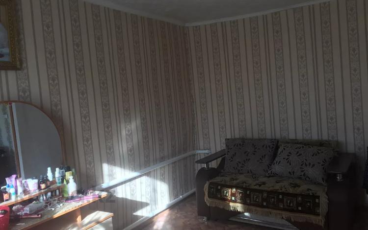 3-комнатный дом, 85 м², 18 сот., 10 водная 10 за 5.5 млн 〒 в Семее