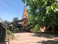 10-комнатный дом, 310 м², 14 сот., улица Шуленова 64 — Маметова за 80 млн 〒 в Бирлике