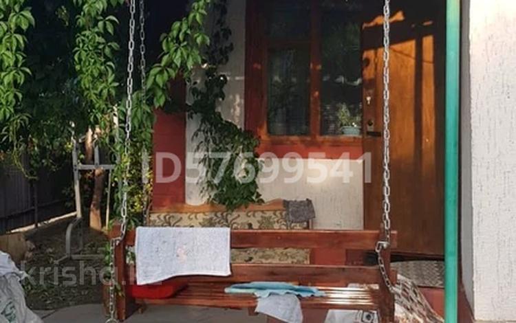 5-комнатный дом, 100 м², 2 сот., Лебедева 50 за 38 млн 〒 в Алматы, Бостандыкский р-н