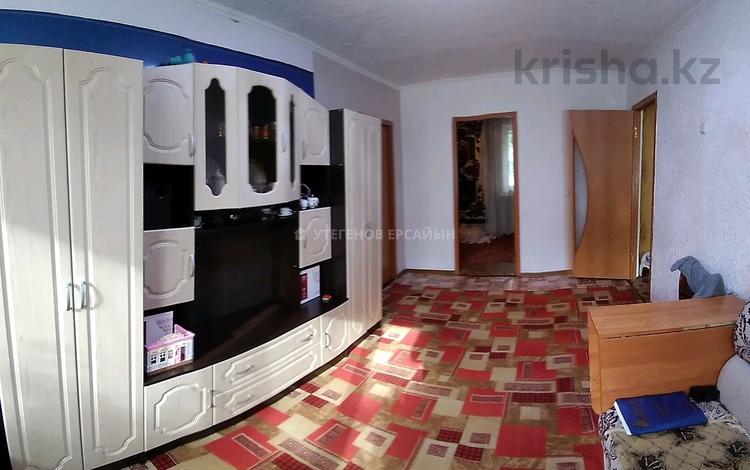 5-комнатная квартира, 83 м², 1/5 этаж, мкр Майкудук, Восток-2 за 13 млн 〒 в Караганде, Октябрьский р-н