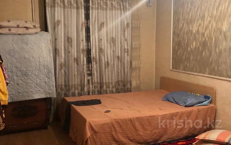 3-комнатная квартира, 62 м², 1/4 этаж, Саина — Улугбека (Домостроительная) за 19.5 млн 〒 в Алматы, Ауэзовский р-н