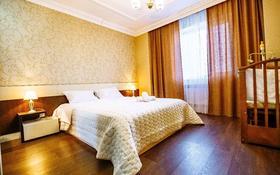 3-комнатная квартира, 100 м², 3/14 этаж посуточно, Сарайшык 5 — Акмешит за 16 000 〒 в Нур-Султане (Астана), Есиль р-н