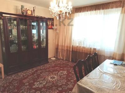 4-комнатная квартира, 90 м², 9/9 этаж, Язева 10 за 16.5 млн 〒 в Караганде, Казыбек би р-н — фото 13