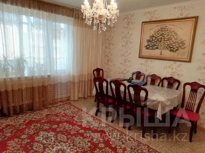 4-комнатная квартира, 90 м², 9/9 этаж, Язева 10 за 16.5 млн 〒 в Караганде, Казыбек би р-н — фото 14