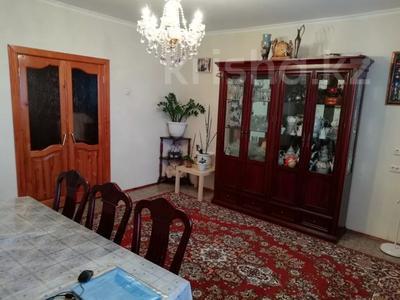 4-комнатная квартира, 90 м², 9/9 этаж, Язева 10 за 16.5 млн 〒 в Караганде, Казыбек би р-н — фото 15