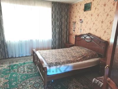 4-комнатная квартира, 90 м², 9/9 этаж, Язева 10 за 16.5 млн 〒 в Караганде, Казыбек би р-н — фото 5