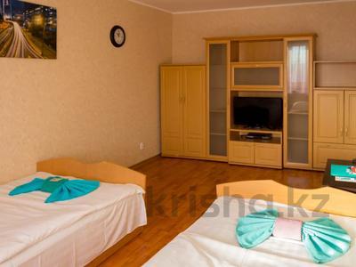 1-комнатная квартира, 32 м², 3/9 этаж посуточно, Интернациональная за 7 500 〒 в Петропавловске — фото 2