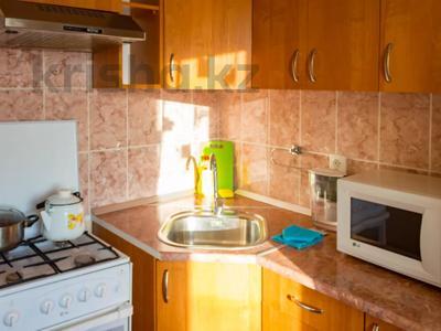 1-комнатная квартира, 32 м², 3/9 этаж посуточно, Интернациональная за 7 500 〒 в Петропавловске — фото 7