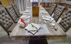 3-комнатный дом помесячно, 300 м², Керей-Жаныбек Хандар за 2 млн 〒 в Алматы, Медеуский р-н