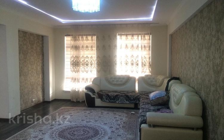 5-комнатный дом помесячно, 200 м², 8 сот., Самал-3 за 200 000 〒 в Шымкенте, Абайский р-н