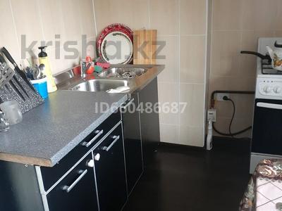 1-комнатная квартира, 36 м², 5/5 этаж посуточно, Гагарина 6 за 8 000 〒 в  — фото 7