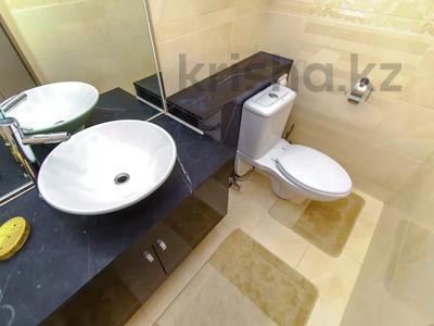 2-комнатная квартира, 90 м², 8/21 этаж посуточно, Байтурсынова 1 за 18 000 〒 в Нур-Султане (Астана) — фото 14