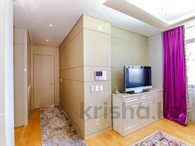 2-комнатная квартира, 90 м², 8/21 этаж посуточно, Байтурсынова 1 за 18 000 〒 в Нур-Султане (Астана) — фото 2