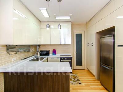 2-комнатная квартира, 90 м², 8/21 этаж посуточно, Байтурсынова 1 за 18 000 〒 в Нур-Султане (Астана) — фото 5