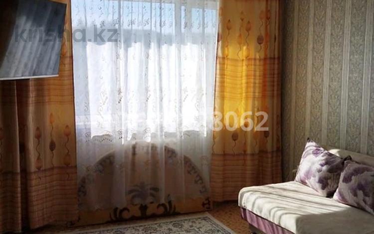 1-комнатная квартира, 37 м², 3/5 этаж, Королева за 6.2 млн 〒 в Экибастузе