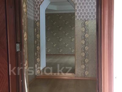 2-комнатный дом помесячно, 35 м², 4 сот., ул. Ак су 94 — 11 мкр. за 70 000 〒 в Шымкенте, Енбекшинский р-н