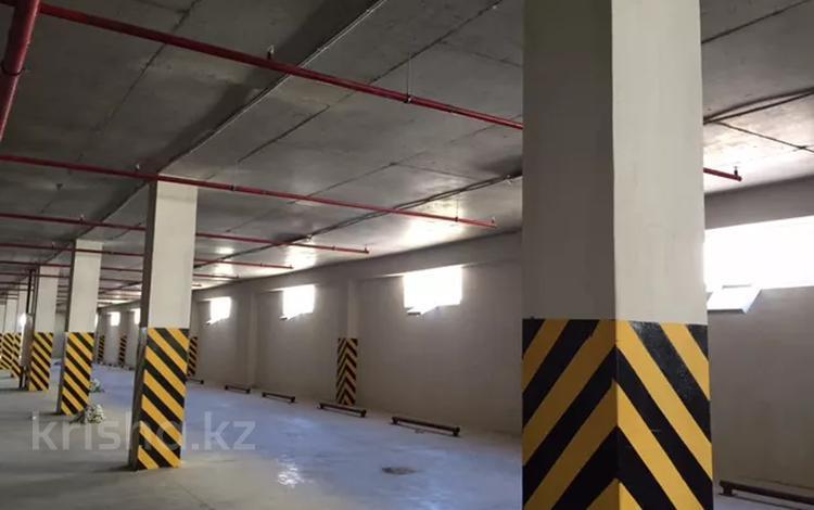 Паркинг за 2.2 млн 〒 в Нур-Султане (Астана), Есиль р-н