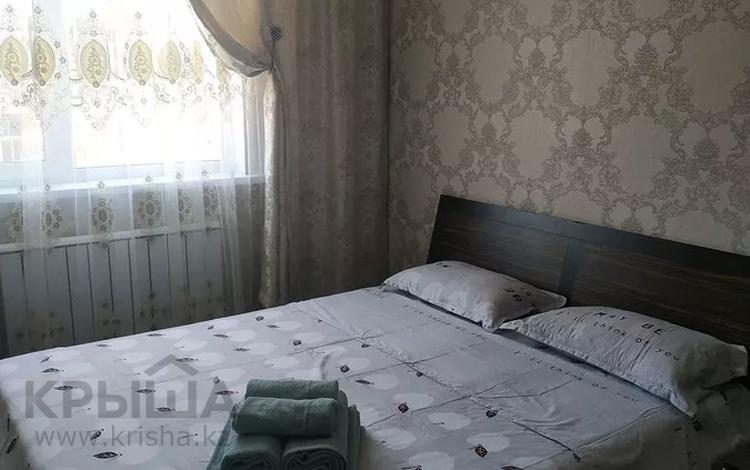 1-комнатная квартира, 40 м², 7/14 этаж посуточно, мкр Акбулак, 1-я улица 83 за 10 000 〒 в Алматы, Алатауский р-н