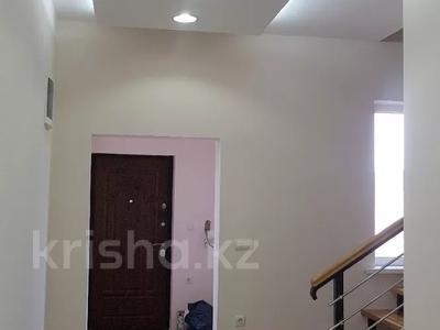 6-комнатный дом, 290 м², 8 сот., Нурсая-3 15 — 13-я улица за 38 млн 〒 в Атырау — фото 13