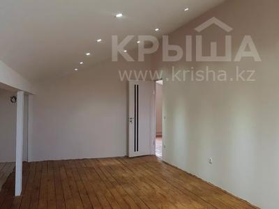 6-комнатный дом, 290 м², 8 сот., Нурсая-3 15 — 13-я улица за 38 млн 〒 в Атырау — фото 20