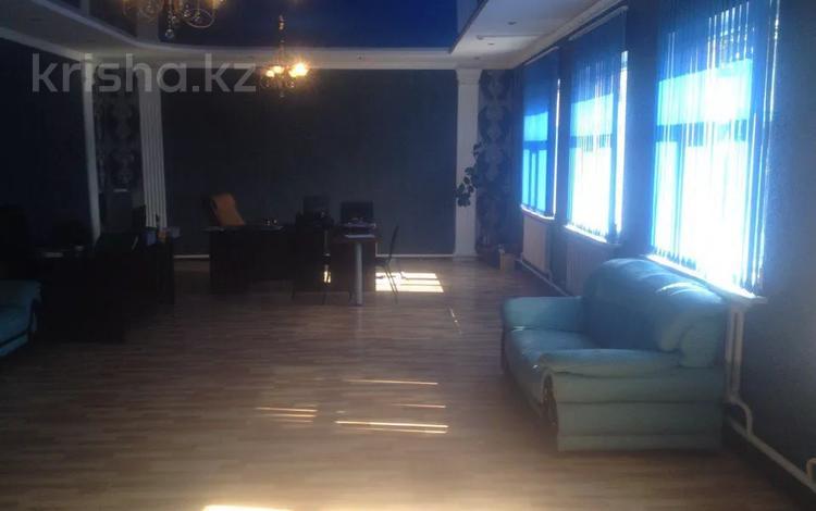 Офис площадью 700 м², Майлыкожа 84/2 84/2 — Тауке Хана и Туркестанская за 2 000 〒 в Шымкенте, Аль-Фарабийский р-н