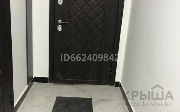1-комнатная квартира, 39 м², 1/12 этаж, Туран 42 за 15.8 млн 〒 в Нур-Султане (Астана), Есиль р-н