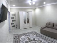 1-комнатная квартира, 35 м², 8/9 этаж на длительный срок, 5-й мкр 9 за 150 000 〒 в Аксае